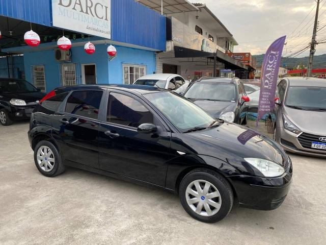 FORD FOCUS 2006/2006 1.6 GL 8V GASOLINA 4P MANUAL