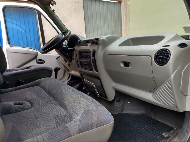 Furgão Renault Master 2.5 dci 115 cv longo Diesel - Foto 6