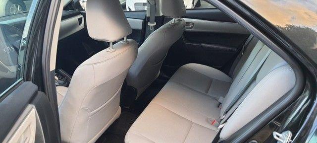 Toyota - Corolla 1.8 G.L.I 2017 Compl - Contato: Tubarão - * - * - Foto 17