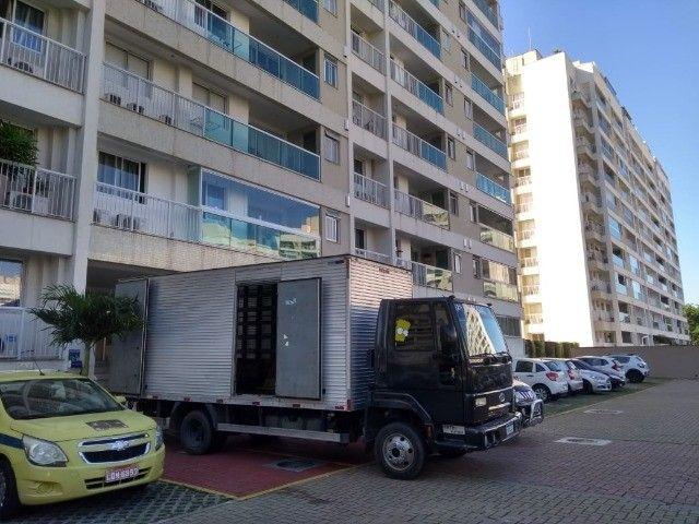 Frete e mudanças caminhão báu 5,5 metros de cumprimento - Foto 3