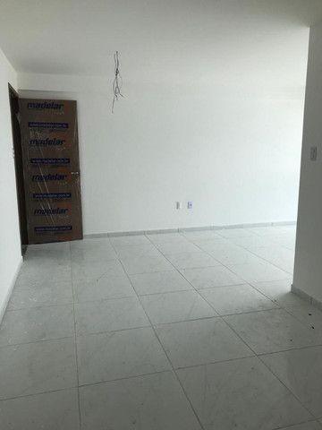 Apartamento no Bessa com 02 quartos, Varanda e academia. Pronto para morar!!! - Foto 3