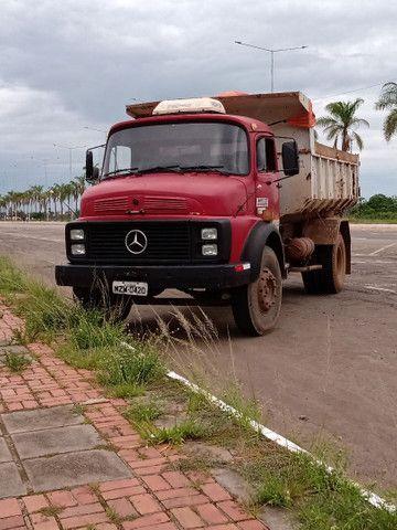 Caminhão caçamba 1313 Mercedes bens ano 80/81 - Foto 2
