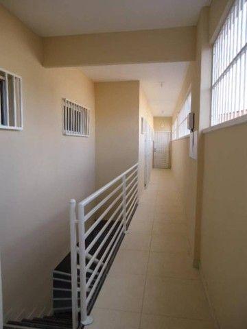Apartamento com 02 (dois) dormitórios para alugar, 50 m² por R$ 650/mês . - Foto 11