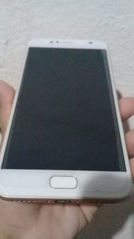 Vendo um celular Asus em perfeito estado !!!