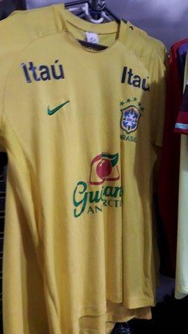 Camisa esportiva da seleção brasileira.  - Foto 2