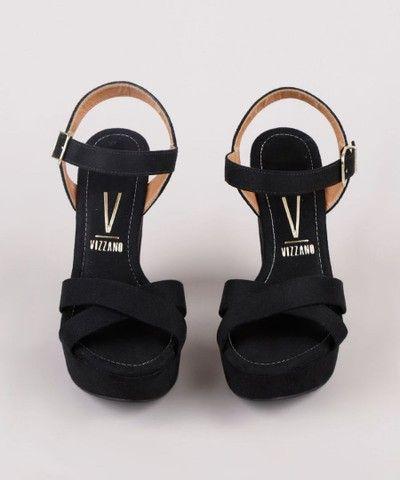 sandália feminina vizzano salto alto grosso meia pata em suede preta<br><br>