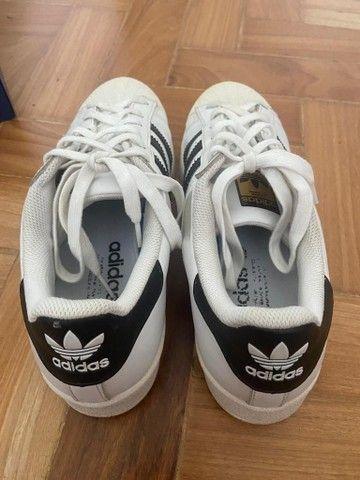 Adidas Superstar Unissex usado tamanho 36 - Foto 4