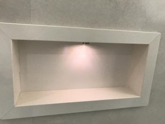 Nicho Banheiro Brasilia : Nicho de porcelanato para banheiro objetos decora??o