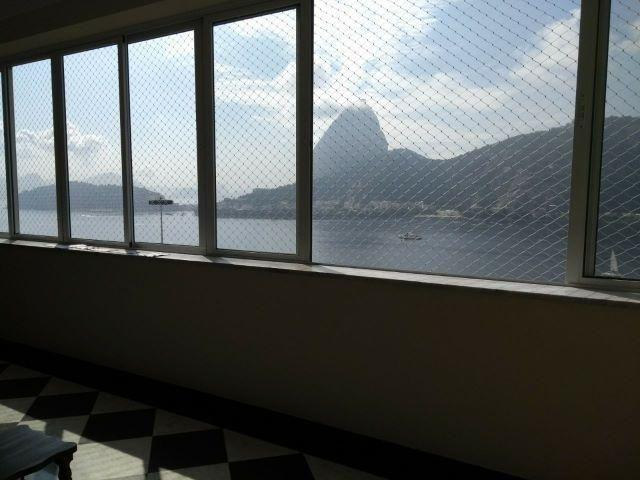 Oportunidade na Av. Rui Barbosa, mobiliado ou não, ponto nobre, vista para o Pão de Açucar