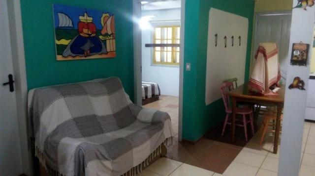 Bela casa em Nova Tramandai 4 quadras da praia (200 metros da beira mar) - Foto 11