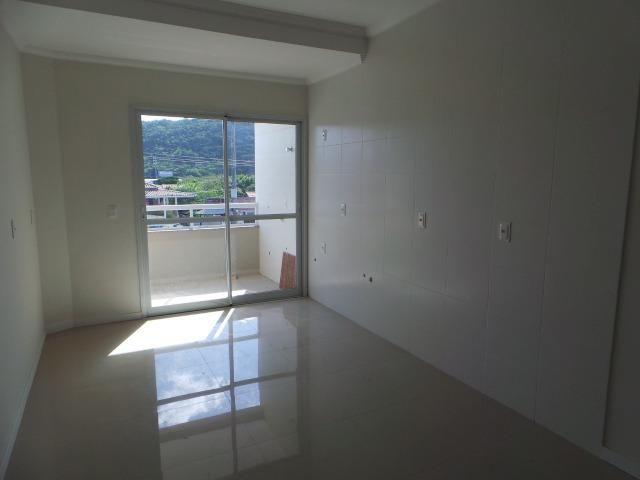 Lindo 2dorm 1suite C/elevador e salão de festas no terraço/financiavel - Foto 8