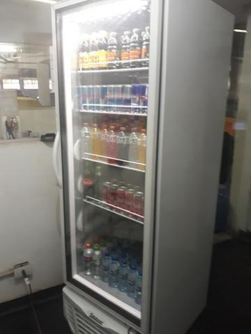 Freezer Vertical::GTPC - 575 PVA p/ gelo / PT Vidro / 575 litros:: R$ 2.600