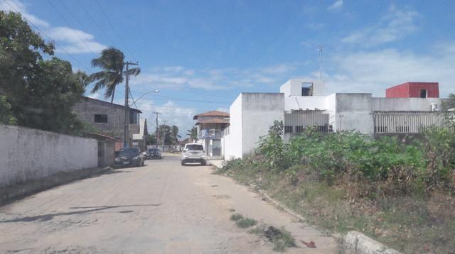 Litoral Norte - Barra de Santo Antônio - Ilha da Croa - Em Rua Pavimentada - Foto 13