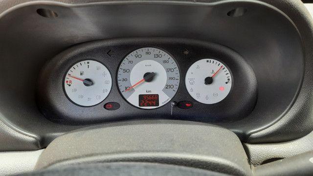 Clio 1.6 Hatch Completo Financio - Foto 8