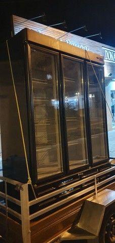 Cervejeira Gelopar 3 portas semi nova - Foto 4