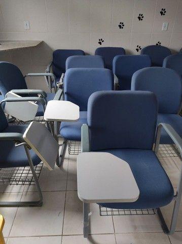 Cadeiras fixas escolares alcochoadas - Foto 6