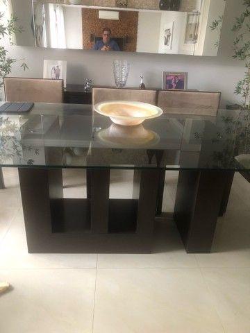 Mesa com tampo de vidro 8 lugares - Foto 4