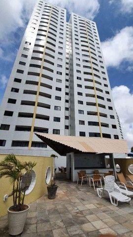 Vendo Apt mobiliado no Ponta Negra Tower