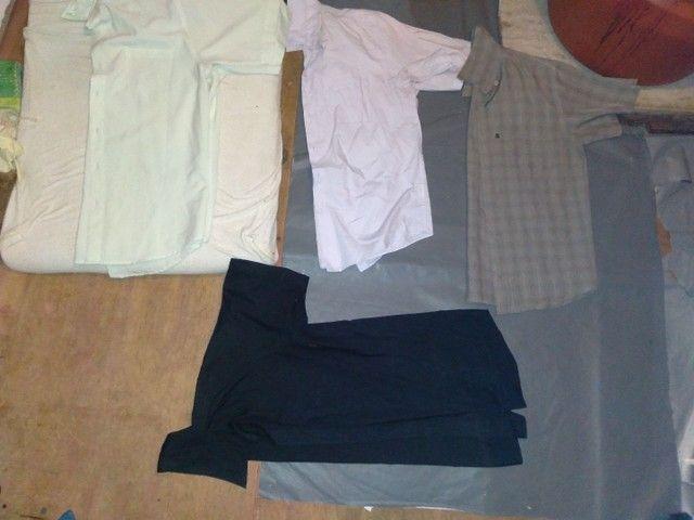 Lote de camisa de manga curta 25,00 - Foto 2