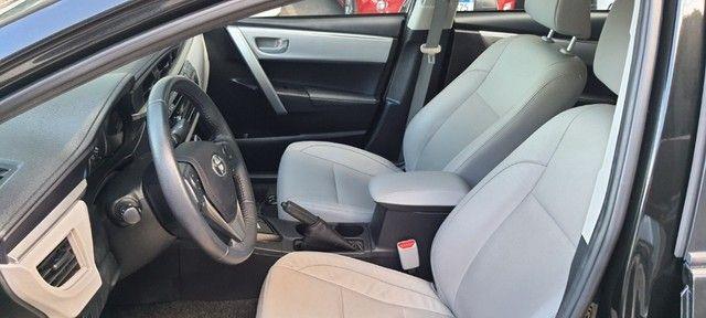 Toyota - Corolla 1.8 G.L.I 2017 Compl - Contato: Tubarão - * - * - Foto 16