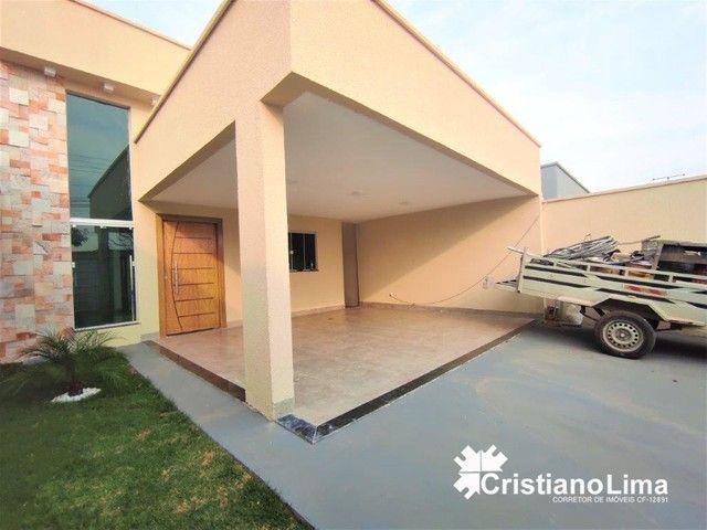 Casa a Venda Região Próxima ao Buriti Shopping Setor Vila Alzira, 3 Quartos e Varanda Gour