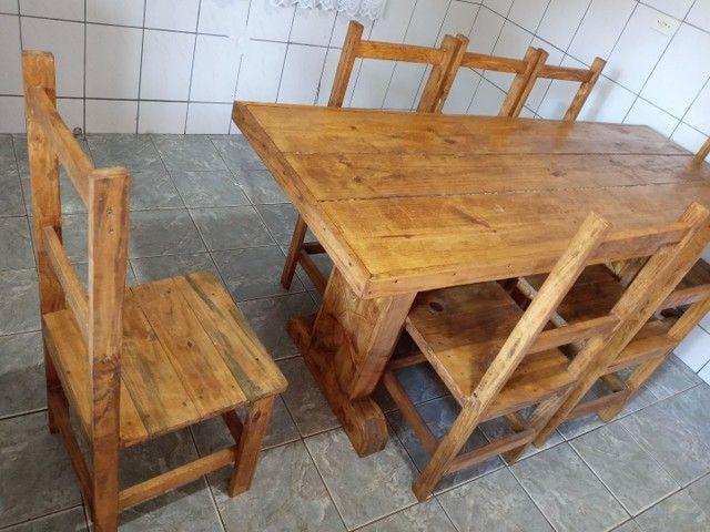Mesa com 6 cadeiras rustica - Foto 2