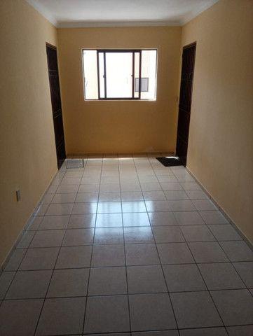 Apartamento 03 quartos, com piscina e churrasqueira - Foto 2