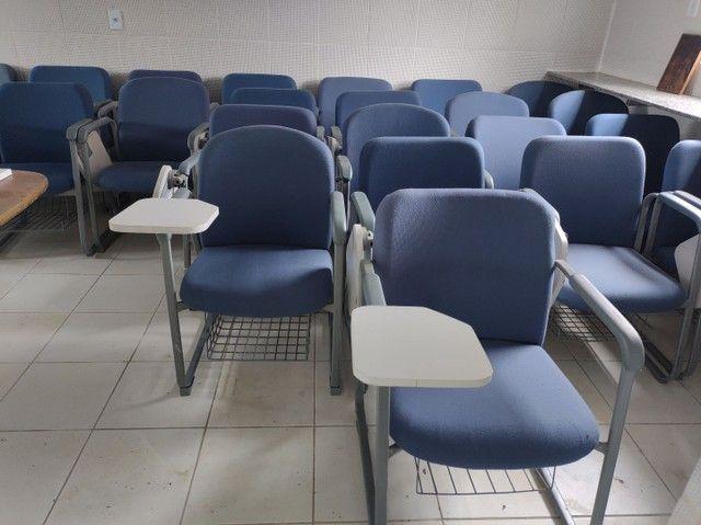 Cadeiras fixas escolares alcochoadas - Foto 4