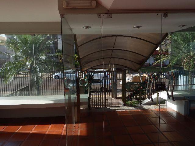 Loft confortável no Centro com sol da manhã e garagem! - Foto 10