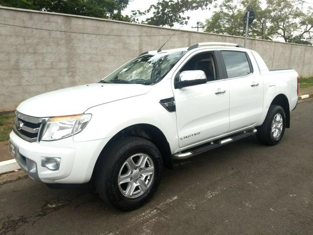 RANGER CD 2.5 - mecânica 4x2 - 173 CV - Flex - LIMITED PLUS 2015