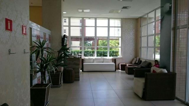 Apartamento em Adrianópolis - Condomínio Vista do Sol - 3 suítes