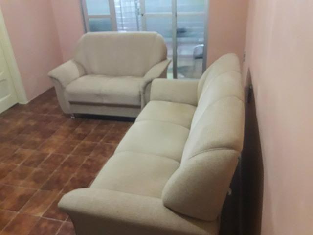 Sofá 2 e 3 lugares por R$ 650.00