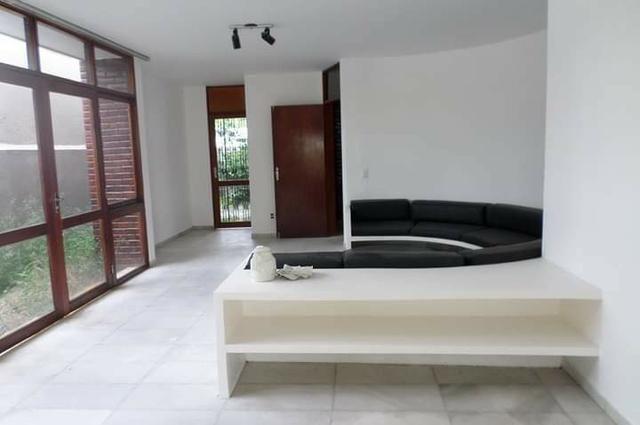 Casa em Casa Forte, 5 quartos e piscina - Foto 3