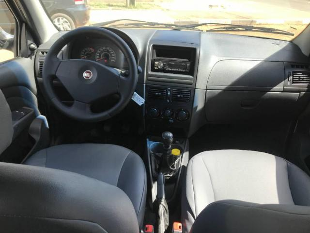 Fiat Strada WORKING 1.4 CD 2012 - Foto 5