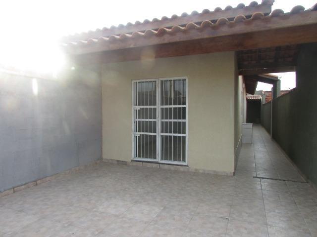 681 - Casa com financiamento direto 80 m² , á 500 metros da praia , Bairro Tupy - Foto 3