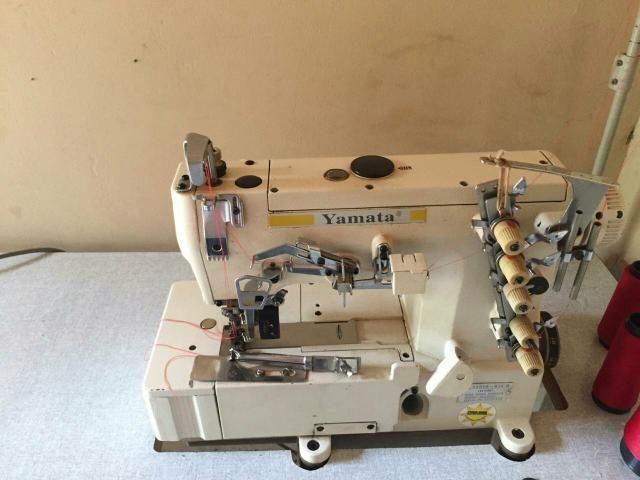 Máquina de Costura Semi-industrial GALONERA