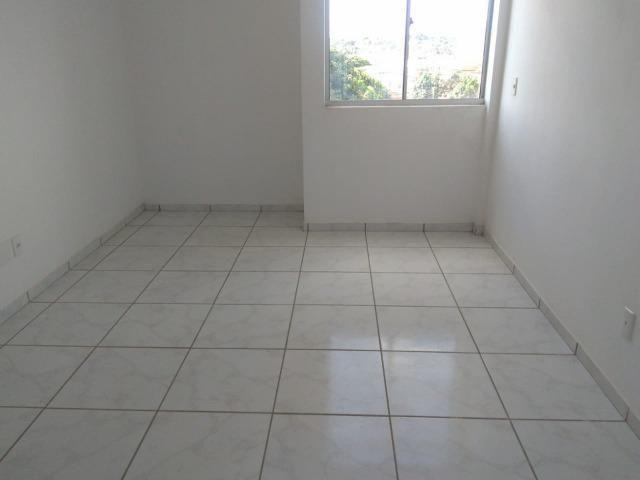 Apartamento novo, 03 suítes, 84 m² na zona leste, aceita troca ou financiamento! - Foto 5
