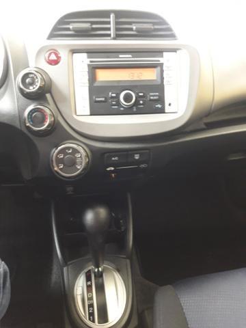 Honda fit 1.5 aut IPVA 2020 pago 2013!!8mil!! - Foto 8