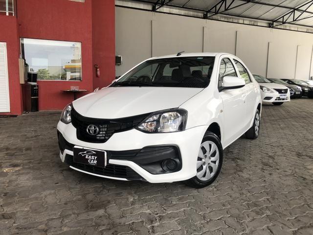 Etios 2019 1.5 X Sedan automático, extra