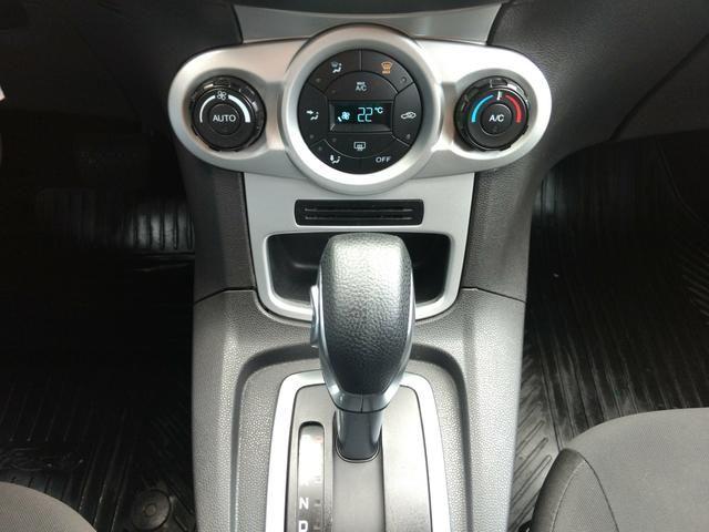 New Fiesta SE 1.6 Powershift Automatico de Único Dono 2014 - Foto 18