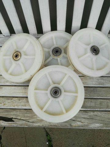 Roda de teflon rolamentada - Foto 4