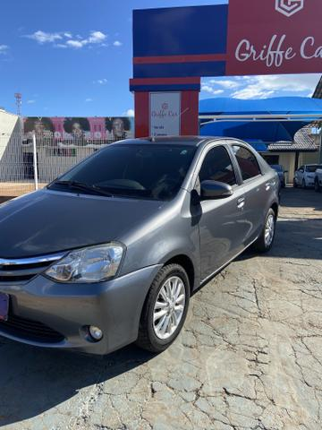 Etios sedã 1.5 XLS manual - 2016 - Foto 4