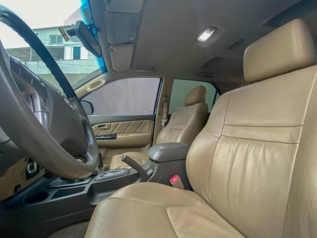 Toyota Hilux SW4 SW4 3.0 SRV 4X4 CD 7 LUGARES 16V TURBO INTERCOOLER 4P AUTOMÁTICO - Foto 12