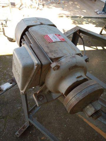 Motor elétrico 3cv trifásico - motoserra weg - Foto 3