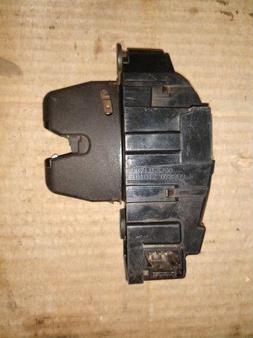 Fechadura Tranca Elétrica Porta Mala C3 Picasso 2015 - Foto 2