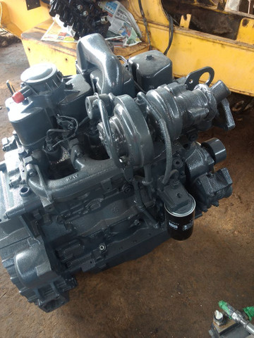 Retroescavadeira motor para retros: Newholland,  CaseN,   * - Foto 2