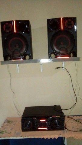 Lg X boom 1800 watts rms. Muito potente !