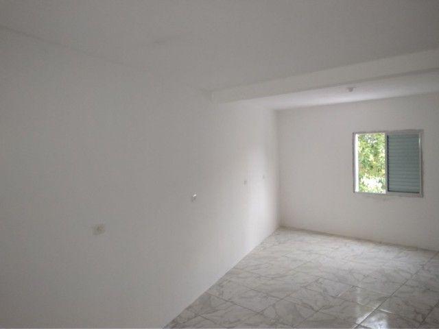 Alugo casa com 02 dormitórios - Foto 6