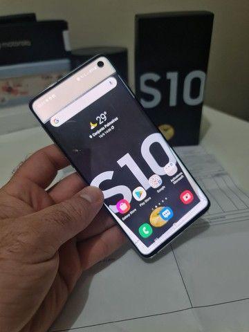 Samsung S10.    Super novo , caixa , carregador e nota fiscal .<br><br>8 gigas RAM<br><br>128 gigas - Foto 5