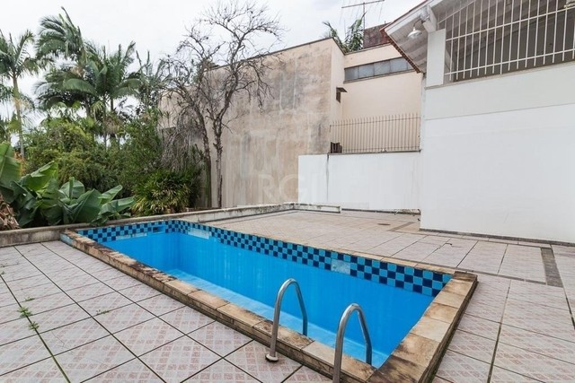 Porto Alegre - Casa Padrão - Três Figueiras - Foto 5